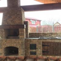 Летняя кухня с барбекю и печью под казан