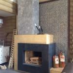 Открытый пристенный камин с приставным дымоходом